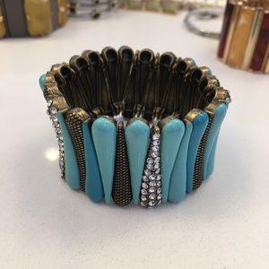 Stretchable teal bracelet